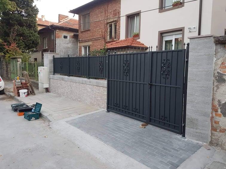 гаражни и портални врати