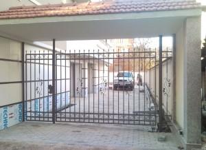 Врата еднокрилна ковано желязо 1