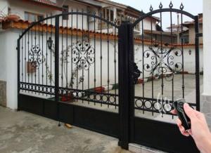 Автоматична врата двукриална ковано желязо