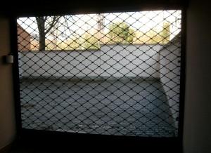 Автоматична ролетна врата решетка 2